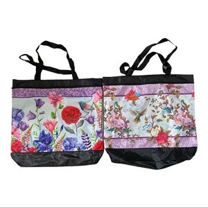 Set of 2 floral totes with front zipper pocket EUC